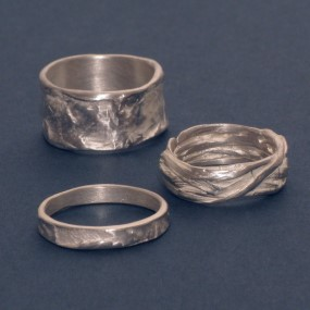 a collection of the finest no-allergy silver rings